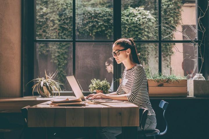 Neben dem Studium: Arbeitszimmer von der Steuer absetzen
