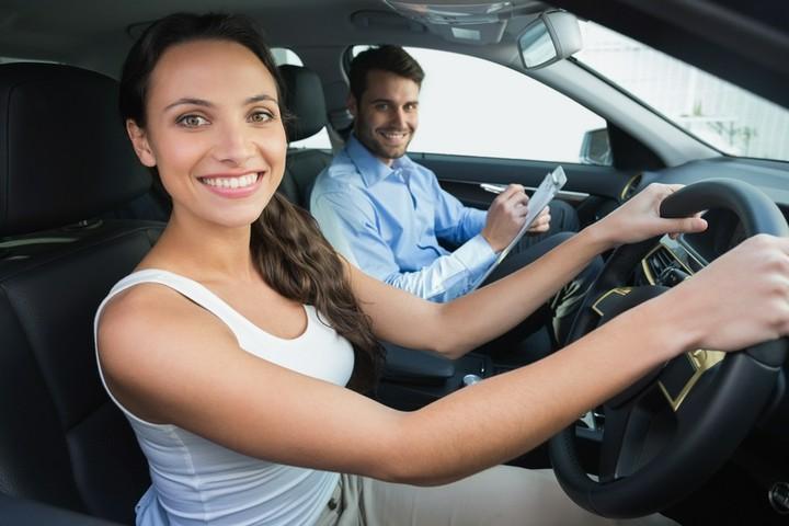 Kann ich den Führerschein von der Steuer absetzen?