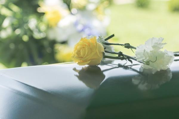 So können Beerdigungskosten von der Steuer abgesetzt werden