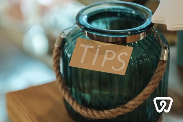 Trinkgeld versteuern: Ist das immer steuerfrei?