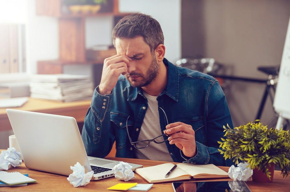 Eine Steuer-Software hilft, Frust bei der Steuererklärung zu vermeiden.