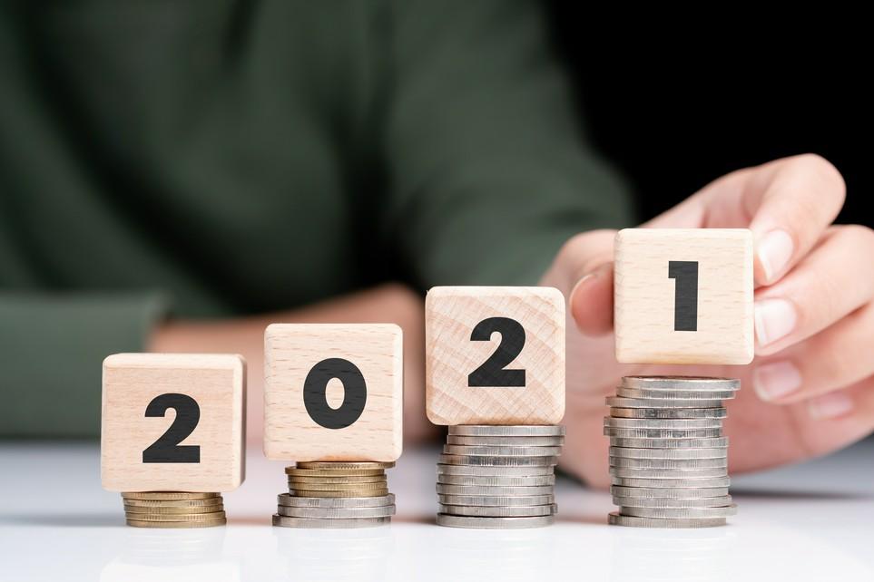2021 erhöhen sich viele Freibeträge und Pauschalen: So sparst Du Steuern.