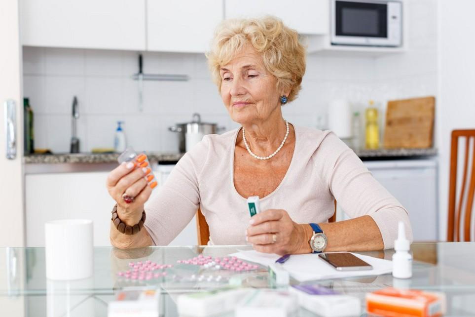 Rentner, die viel für Medikamente ausgeben, können die Kosten bei der Steuererklärung geltend machen.