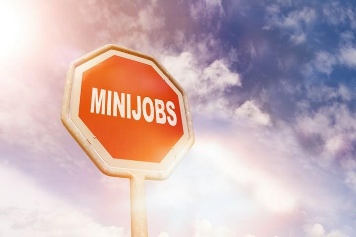 Haushaltskasse aufbessern: Studenten mit Minijob